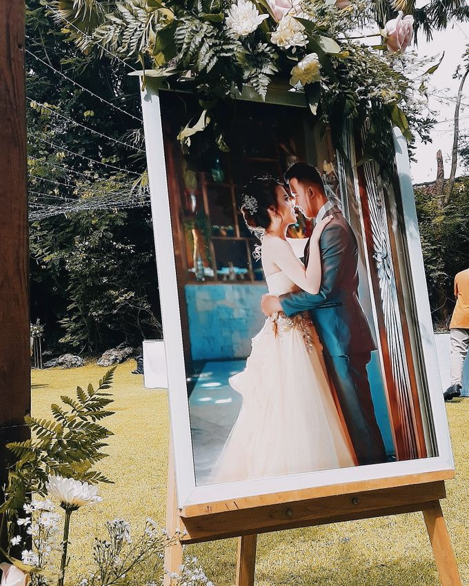 The Wedding of Supendi & Ferina by Miracle Wedding Bali - 002