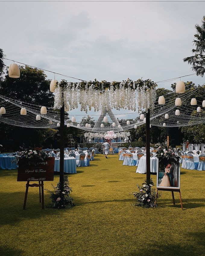 The Wedding of Supendi & Ferina by Miracle Wedding Bali - 043
