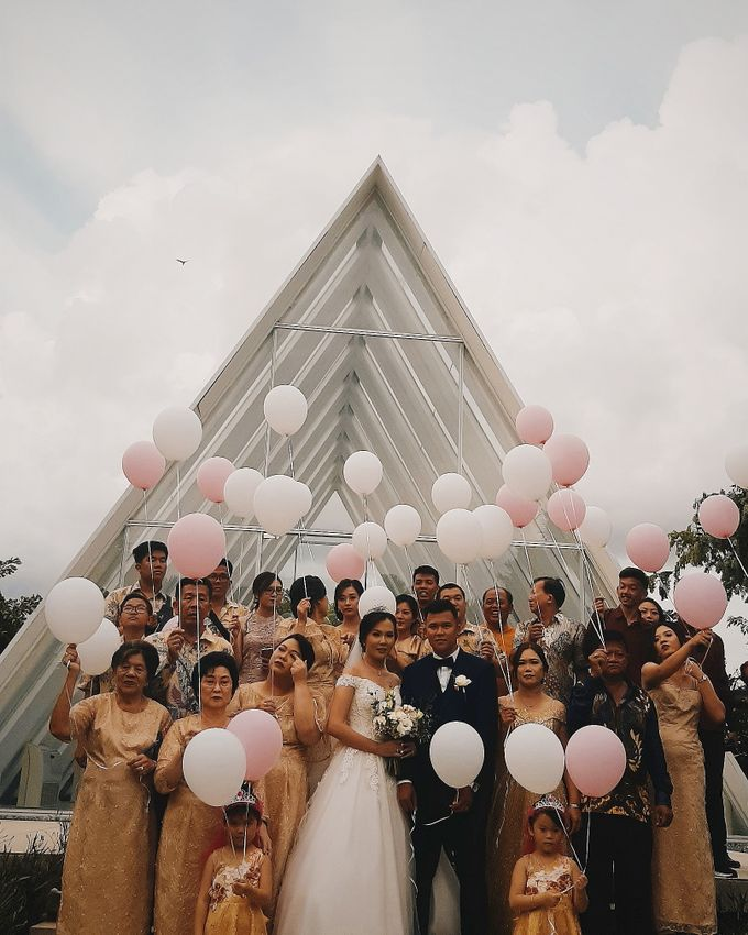 The Wedding of Supendi & Ferina by Miracle Wedding Bali - 012