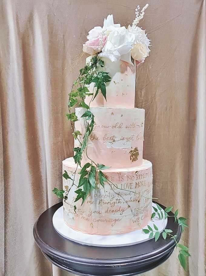Calligraphed Wedding Cake by Ame Cakery - 001