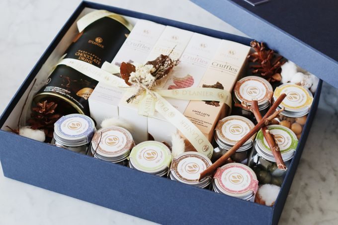 Hampers by D'LANIER Artisan Chocolates - 006