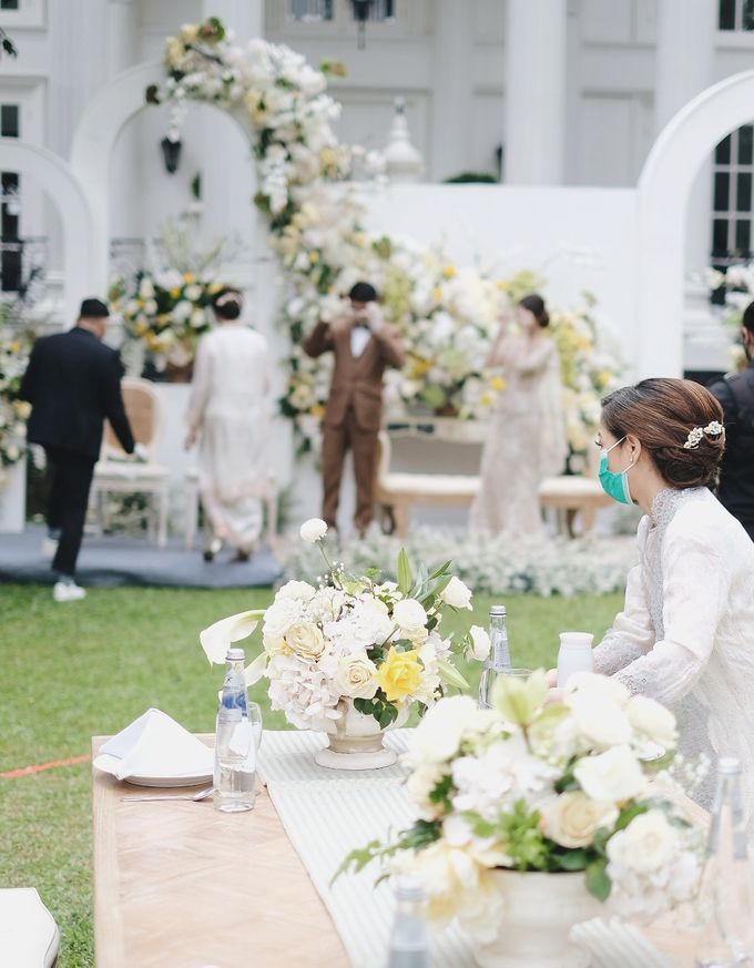 Intimate Wedding At The Manor Andara by redberry wedding - 007