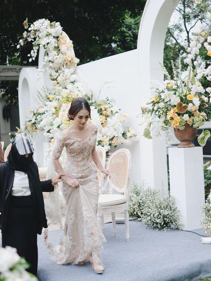 Intimate Wedding At The Manor Andara by Medina Catering - 004