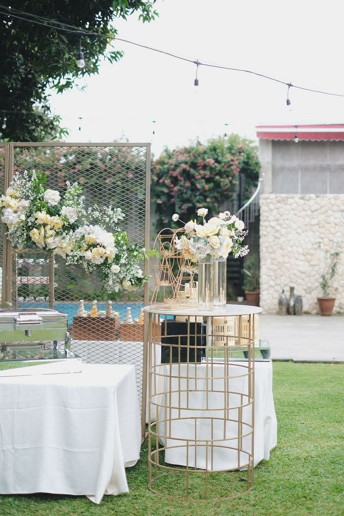 Intimate Wedding At The Manor Andara by Medina Catering - 037