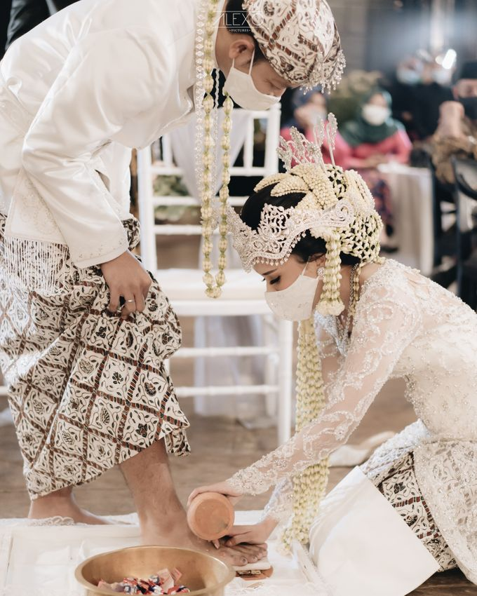 Planner for Intimate Wedding Coby and Tami by Double Happiness Wedding Organizer - 024