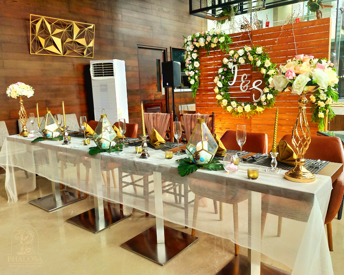 Wedding Of Iwan & Selly by Phalosa Event Decoration & Table Setting - 008