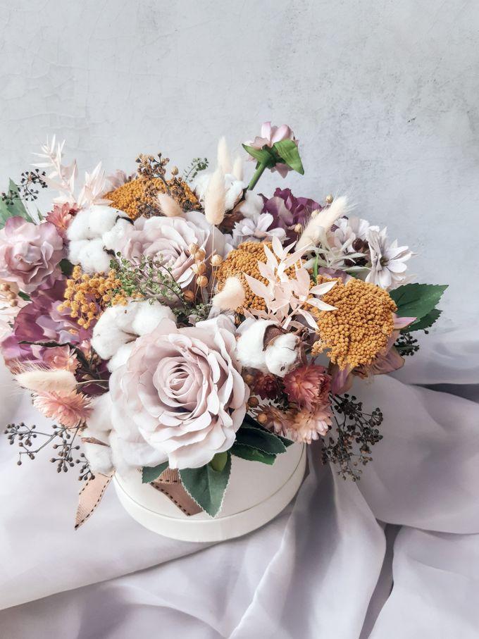 Vase Arrangement by Tiffany's Flower Room - 015
