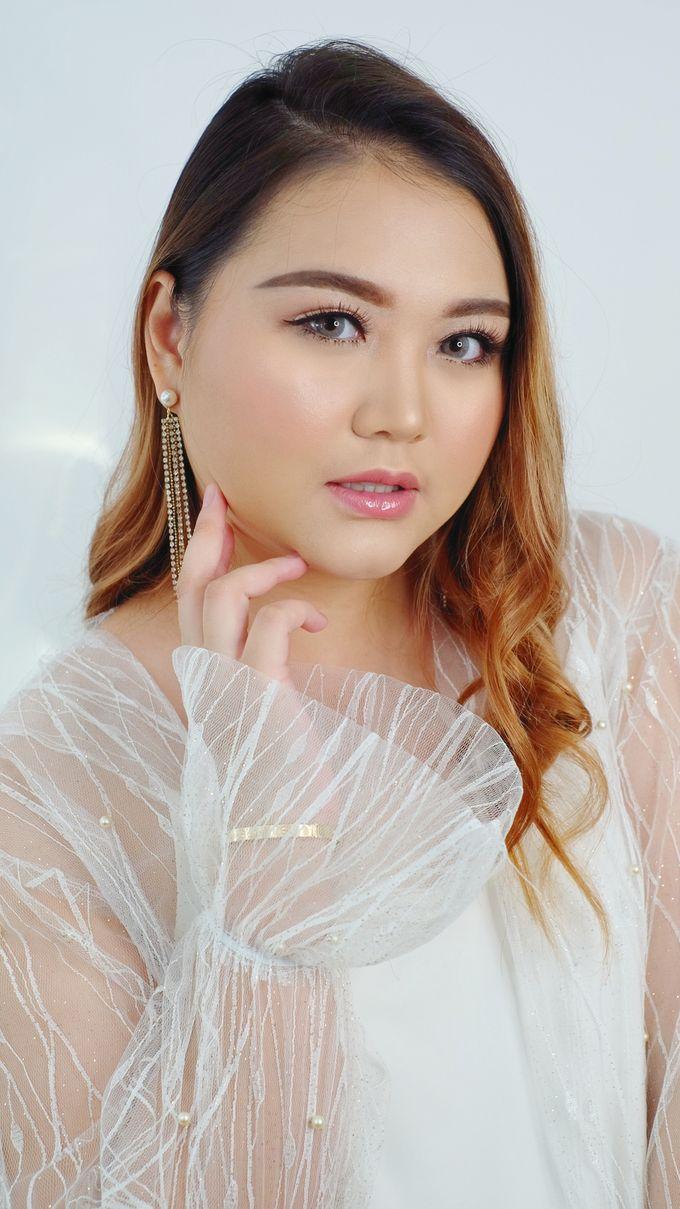 Ms. Evelina by Tasya Tiddy Make Up Artist - 001