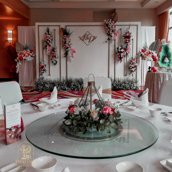 Wedding Of Melissa And Vendy by Phalosa Event Decoration & Table Setting - 007
