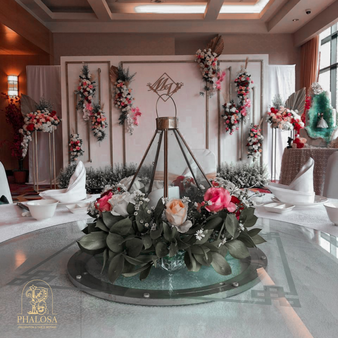 Wedding Of Melissa And Vendy by Phalosa Event Decoration & Table Setting - 001