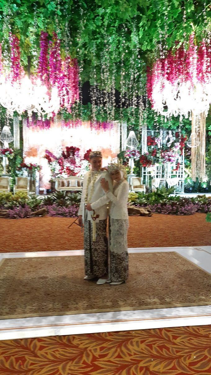 Ninis & Hadi Wedding by HENRY BRILLIANTO - 006