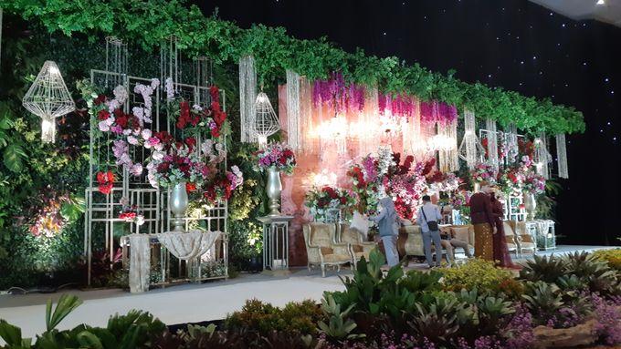 Ninis & Hadi Wedding by HENRY BRILLIANTO - 005