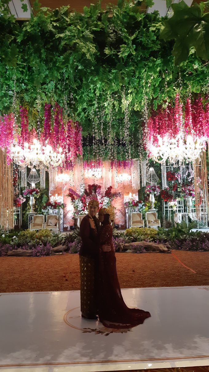 Ninis & Hadi Wedding by HENRY BRILLIANTO - 010