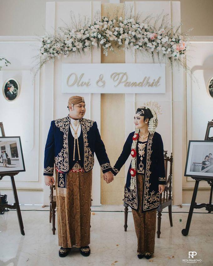 WEDDING OLVY & PANDHIT by Asmoro Decoration - 008
