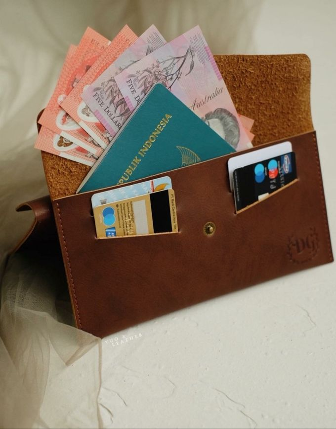 Dhini & Gerry Simple Wallet by Yuo And Leather - 001