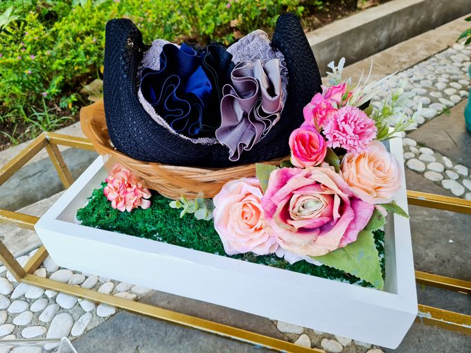 Rustic White Tray by House of Raline Wedding Hampers - 008
