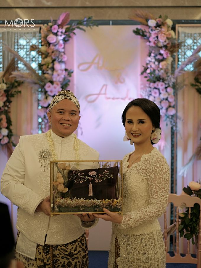 The Wedding of Amanda & Adrian by Raffles Jakarta - 005