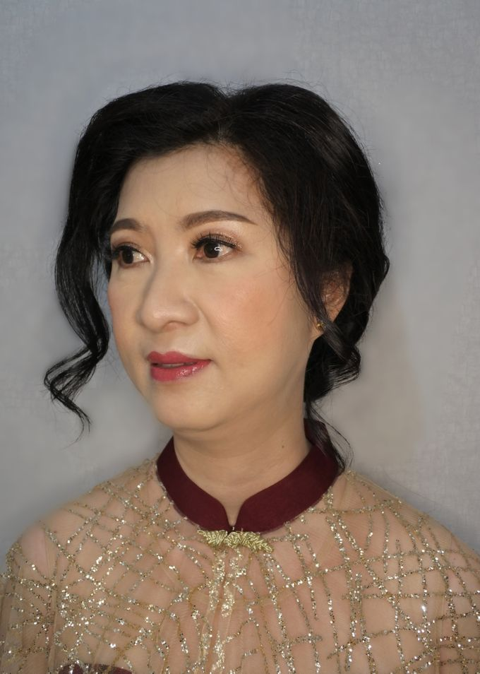 Mom Sangjit of Ms. Herlina by Alexandra Makeup Artist - 002