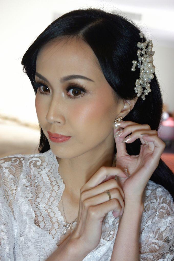 Wedding Day Makeup & Hairdo For Melissa by Nike Makeup & Hairdo - 006