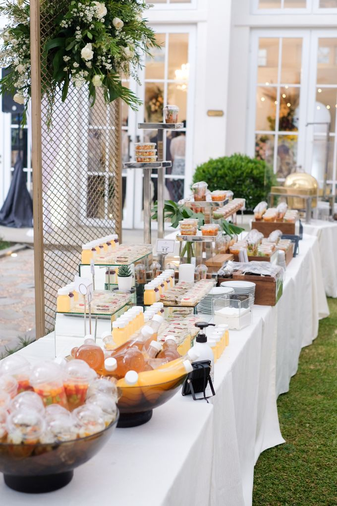 Rachel Theresia & Audy Pratama Engagement Day by Medina Catering - 002