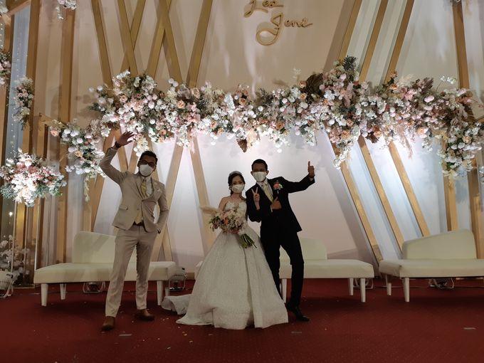 Leo & Jeni Wedding by HENRY BRILLIANTO - 002
