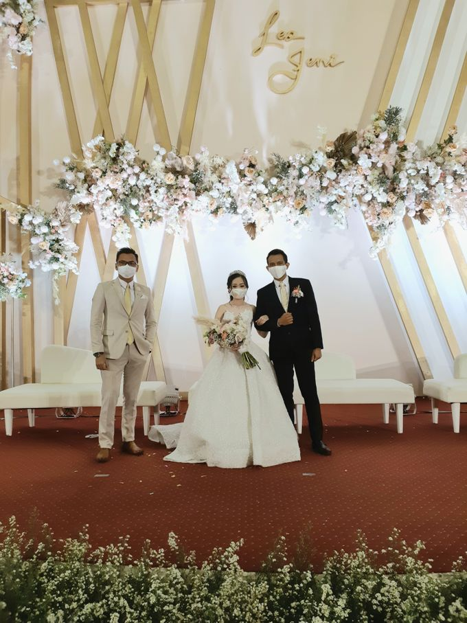 Leo & Jeni Wedding by HENRY BRILLIANTO - 009