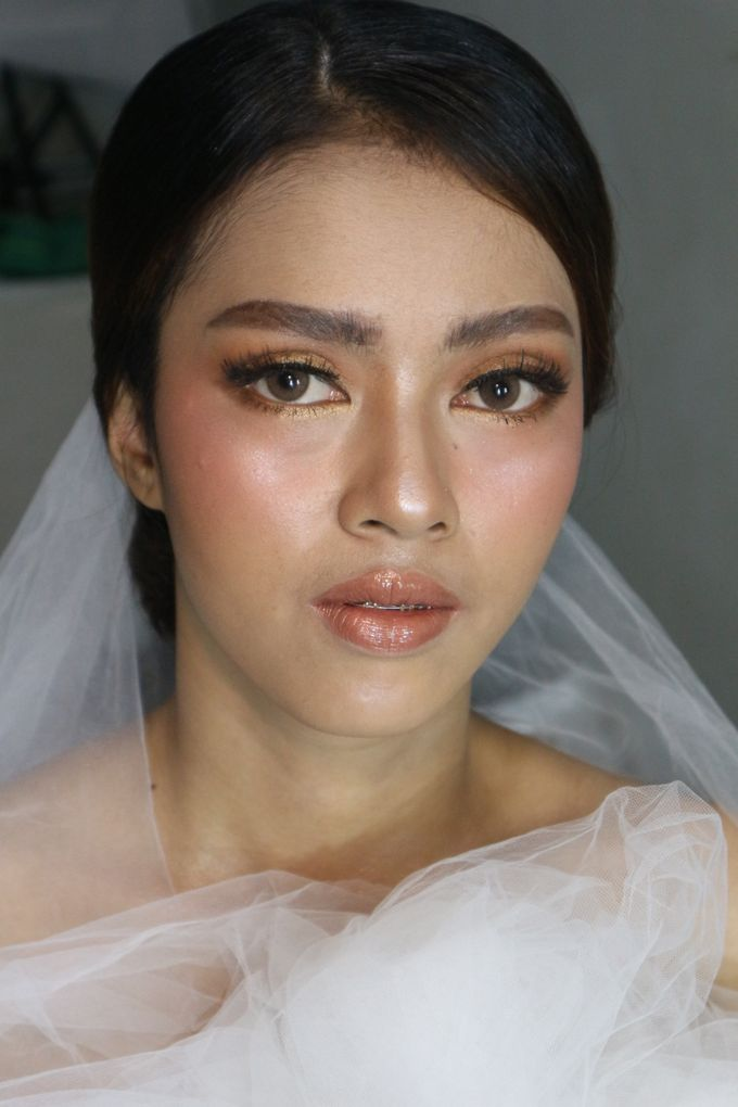 Classic Gold Tone For Holy Matrimony by Hana Gloria MUA - 002