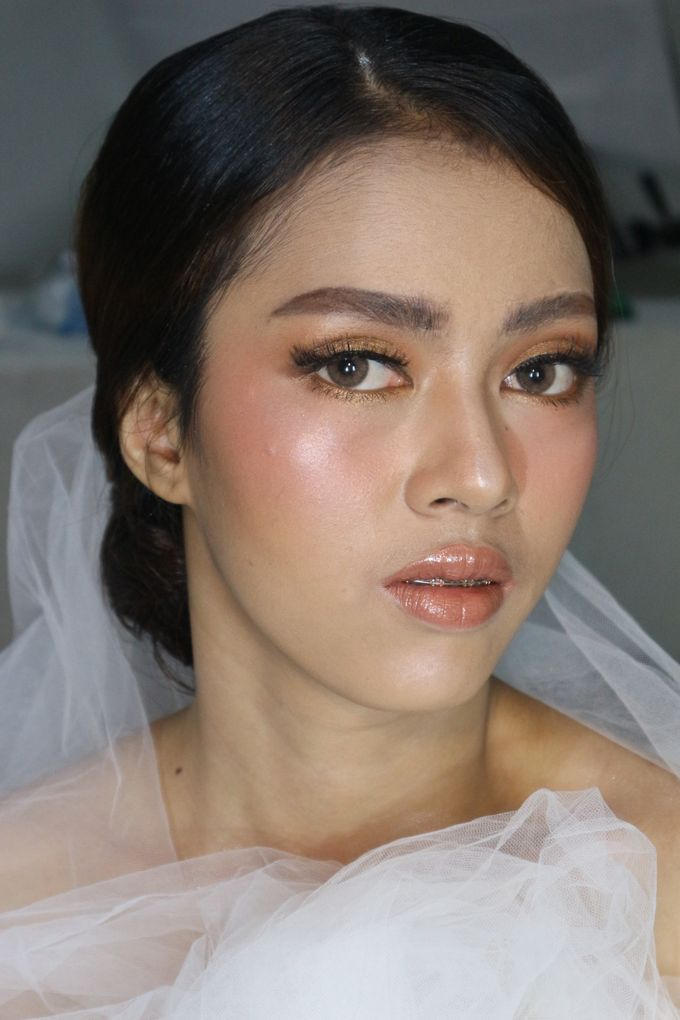 Classic Gold Tone For Holy Matrimony by Hana Gloria MUA - 005