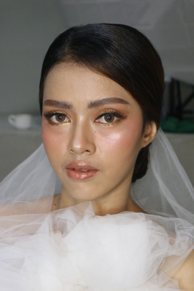 Classic Gold Tone For Holy Matrimony by Hana Gloria MUA - 003