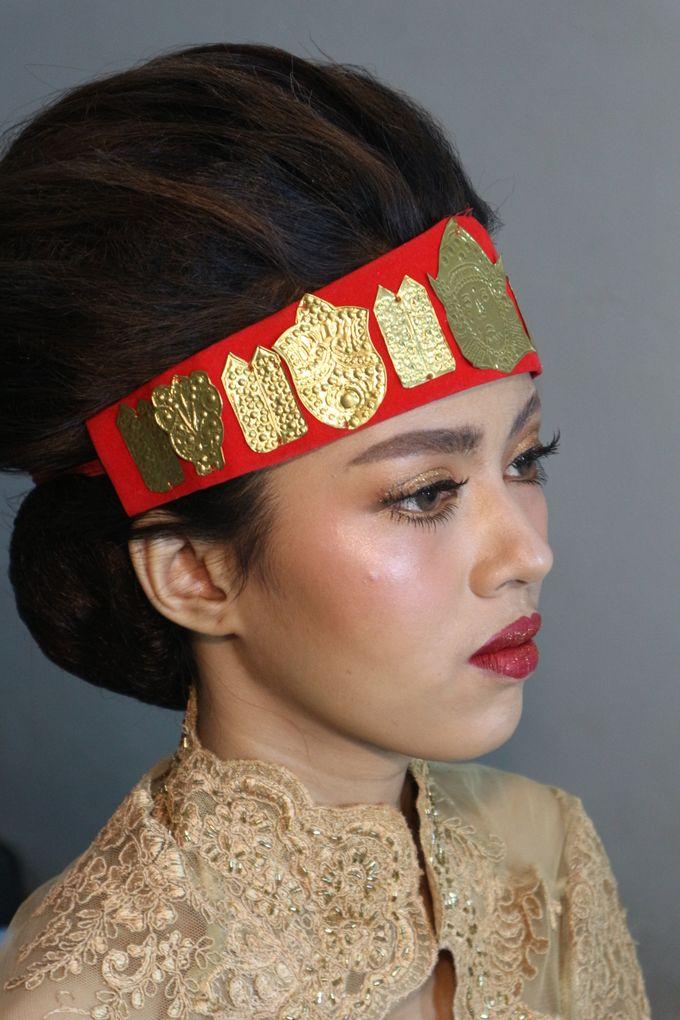 Thailand Makeup looks in Adat Batak Toba Sortali by Hana Gloria MUA - 007