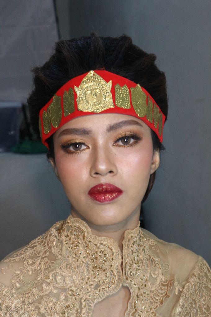 Thailand Makeup looks in Adat Batak Toba Sortali by Hana Gloria MUA - 008