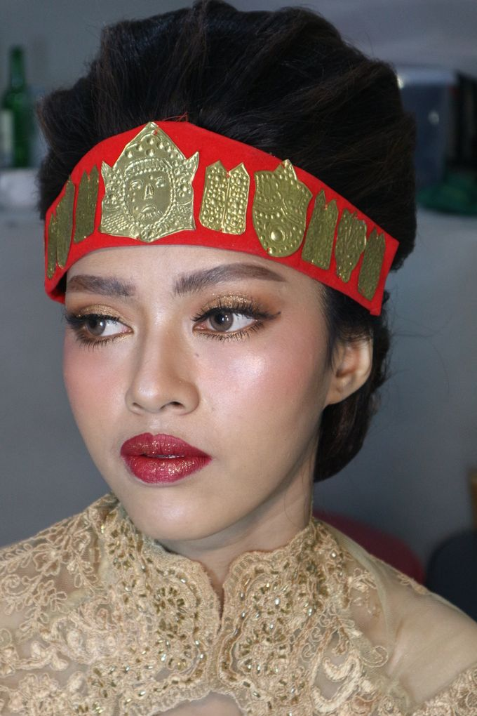 Thailand Makeup looks in Adat Batak Toba Sortali by Hana Gloria MUA - 003