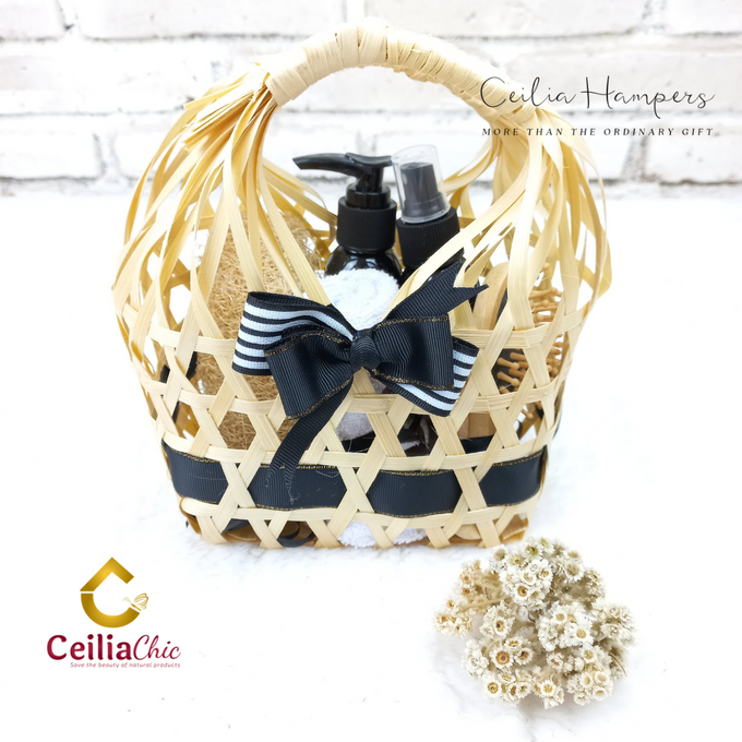 Bridesmaid Hampers 1 by Ceiliachic - 001