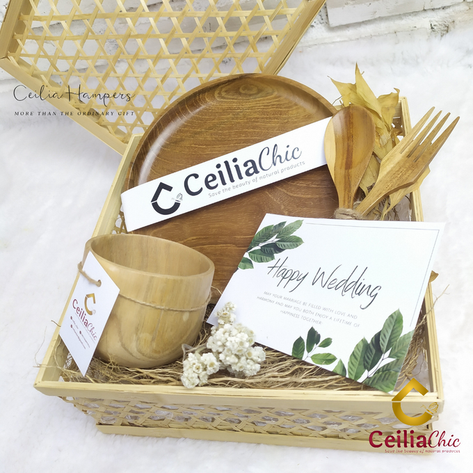 Silver Chrysanthemum Hampers by Ceiliachic - 002