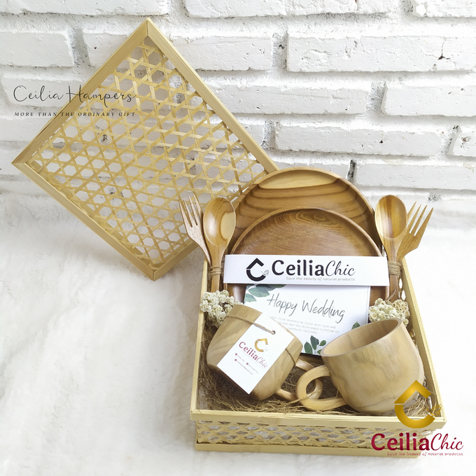 Gold Chrysanthemum by Ceiliachic - 006