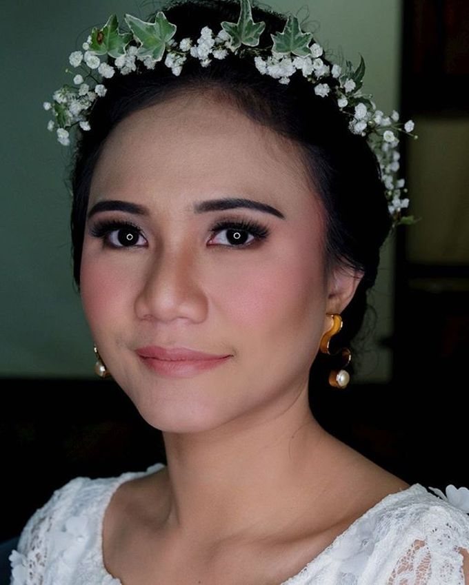 Garden Wedding - Windy by Arini Makeup Artist - 003