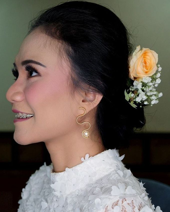 Garden Wedding - Windy by Arini Makeup Artist - 005