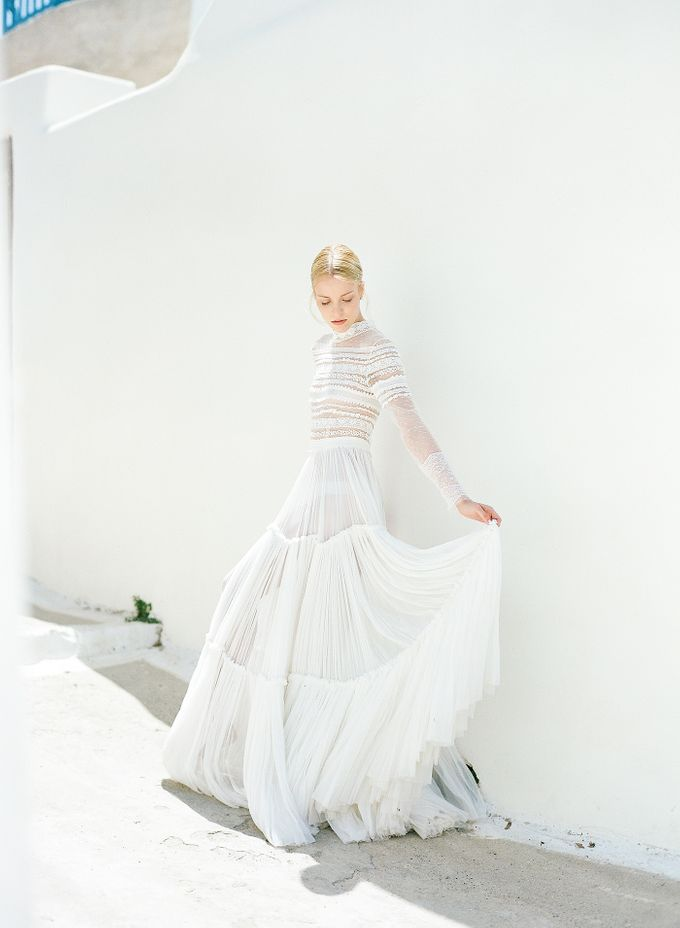 ARTISTIC WEDDING DRESS geometric greek period inspiration dress by Sotiris Tsakanikas Photography - 012