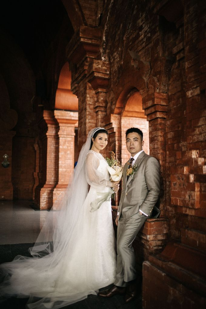The New Chapter for Salim & Suci by Vilia Wedding Planner - 016