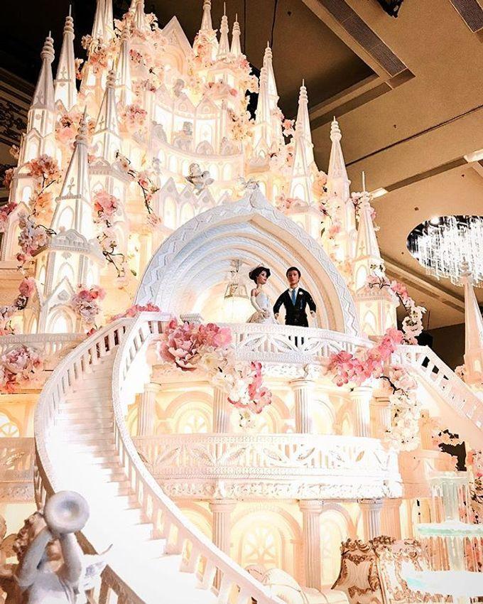 Masterpiece and Signature Wedding Cakes by LeNovelle Cake - 018