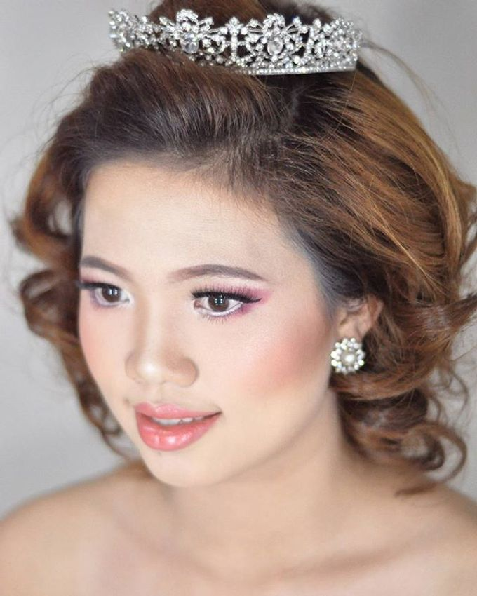 Makeup & Hairdo for The Bride by MakeupByMery_K - 003