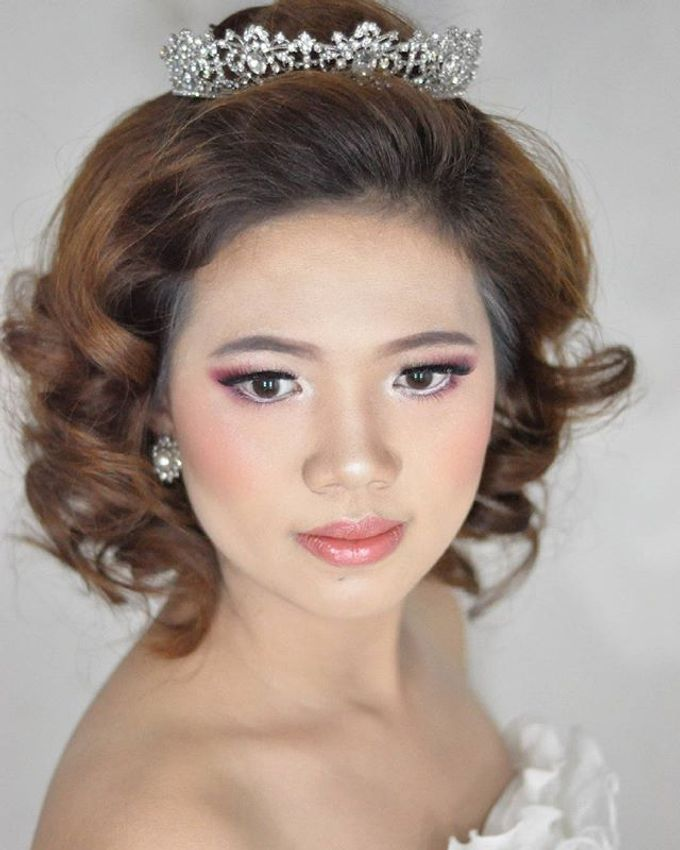 Makeup & Hairdo for The Bride by MakeupByMery_K - 005