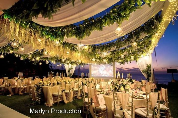 Outdoor Wedding Dinner Reception At Ayana Villa by Marlyn Production - 001