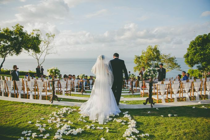 RUSTIC WEDDING DAVID AND JOICE IN SKY AYANA BALI by W organizer - 032