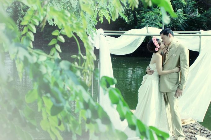 pre wedding Eva Anindita-Reza Zachrie by Sano Wahyudi Photography - 016