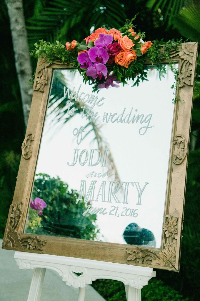 J&M Rustic Glam Cliff Top Wedding by THE UNGASAN CLIFFTOP RESORT BALI  - 006