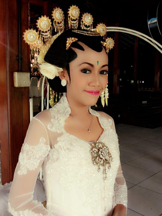 Make Up Pengantin Solo Putri & Basahan by Arum Ndalu Sanggar Rias Pengantin - 001