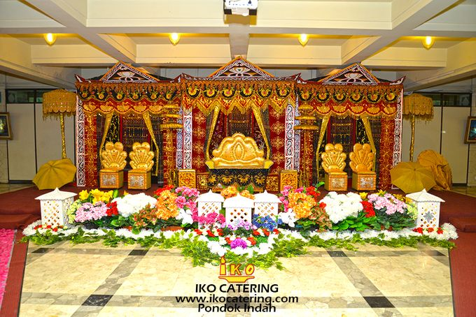 Dekorasi Pelaminan by IKO Catering Service dan Paket Pernikahan - 005