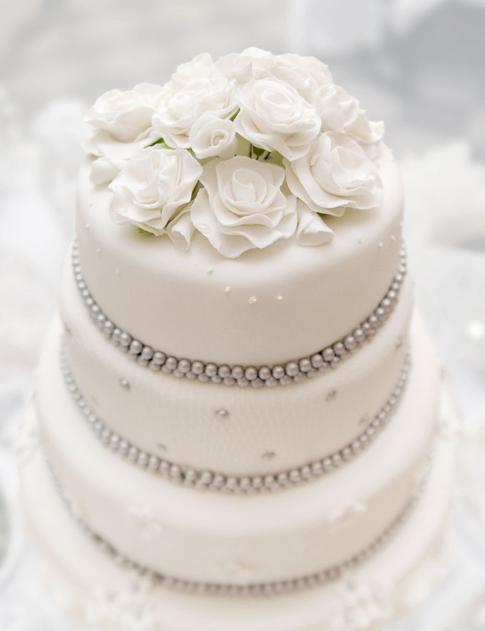 Wedding Cakes by CUPCAKES COMPANY - 009