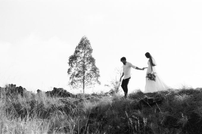 Pavel & Anastasia Engagement by Arta Photo - 021